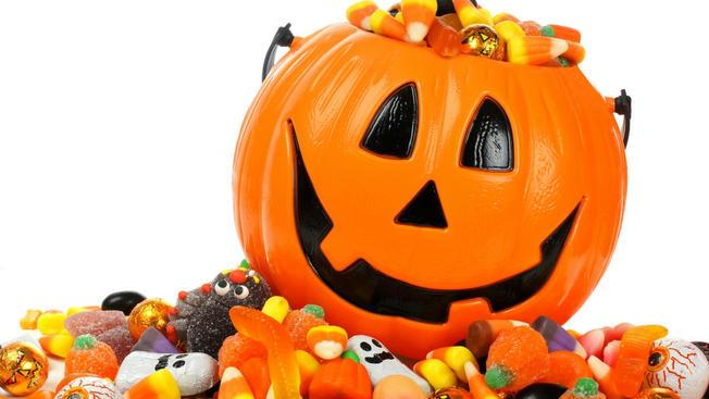 halloween+candy+pumpkin